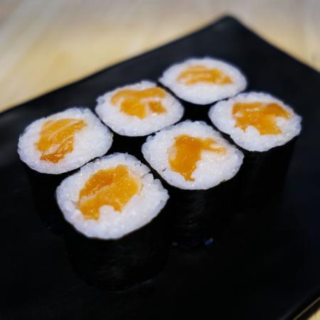 Maki au saumon